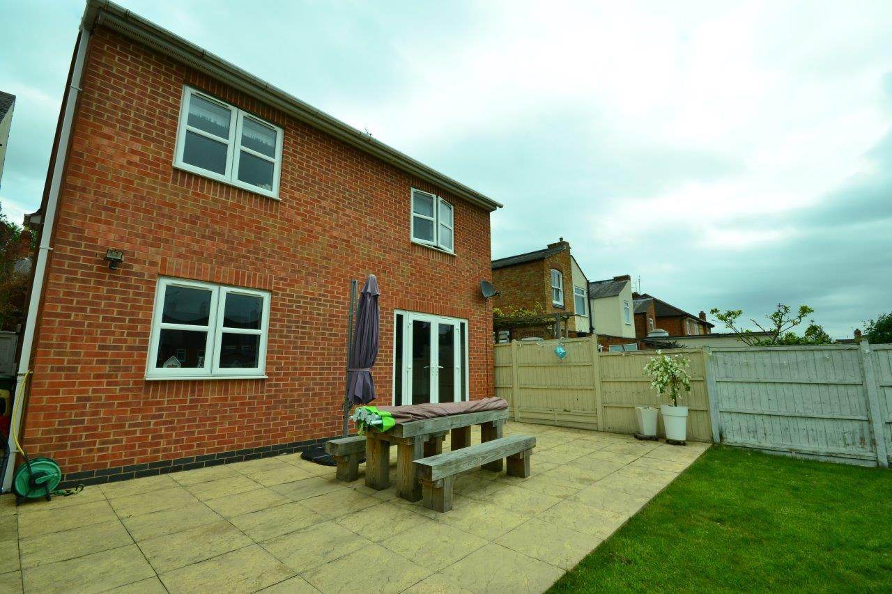 4 Bedrooms Detached House for sale in Rawson Street, Leicester